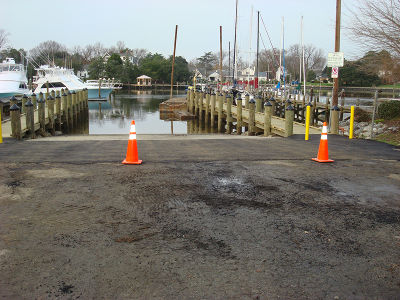 Sunset Creek Boat Ramp and Tending Piers